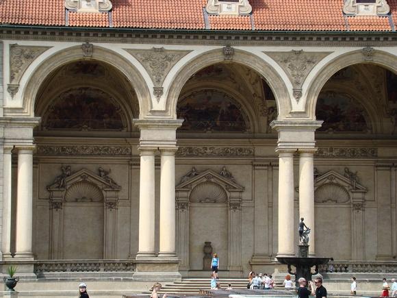 Zenfolio brigitte meyer prague 2 jardins du palais for Jardin wallenstein